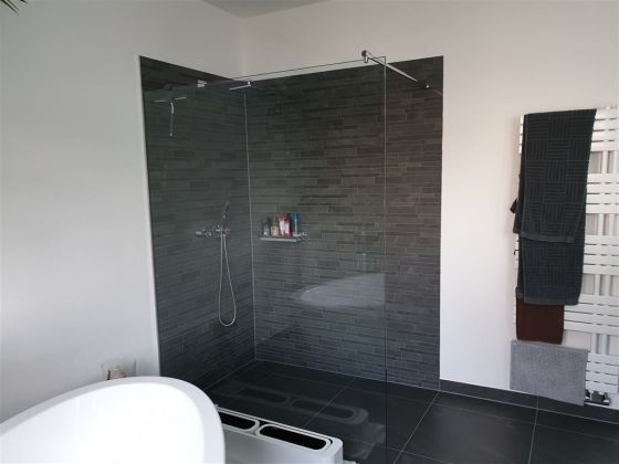 Bild: Beispiel Duschen